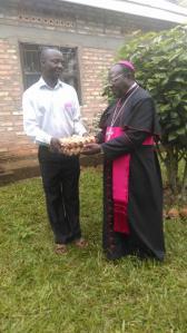 Le uova al vescovo di Masaka